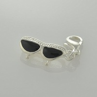 wholesale silver plated zinc alloy environment friendly glasses charms pendants 100 pcs per lot with free shipping