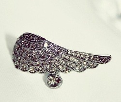 Free shipping Vintage gun black pirate ship gorgeous Rhinestone Angel Wings Ring(China (Mainland))