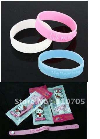 Hello Kitty especially the essential oil drive midge hand ring drive midge hand ring KT cat drive midge hand ring eight grams(China (Mainland))