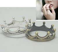 Free shipping Min.order is $15 (mix order) Fashion ancient silver color Retro cute Crown ring,fashion bronze color ring