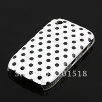 Free shipping &200pcslot  New Round Dot  Hard Skin Case For BlackBerry 8520   Wholesale