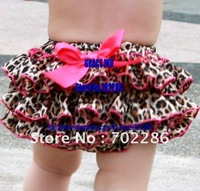 Leopard print baby bloomers.animal pleated infant shorts summer.hot pink bow newborn bloomer.kids shorts summer