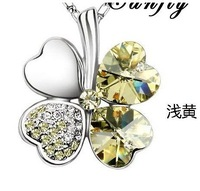 Free Shipping fashion jewelry Clovers White Gold Plated Crystal Necklace BFH301