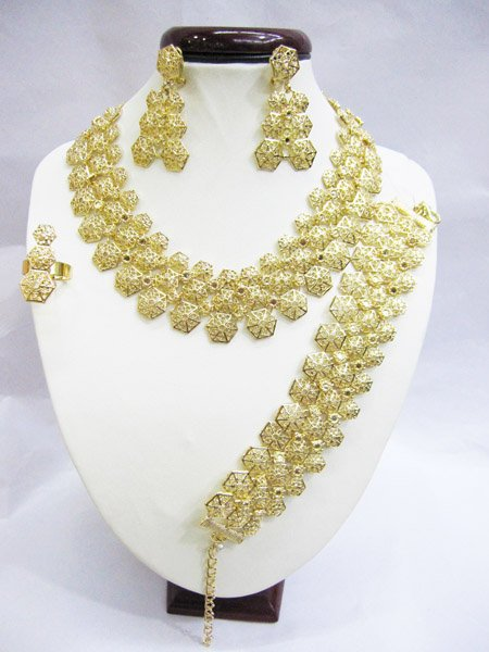 Free shipping costume jewlery 18K gold jewelry sets necklace/baracelet/earing/ring J02107 for retail and wholesale