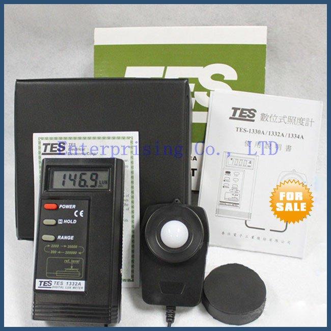 Hot sell New Digital Light Meter Digital Brightness TES1332A Free Shipping(China (Mainland))