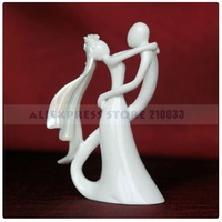 Bride & Groom Ceramic Figurine Wedding Cake Topper for Wedding Decoration Party Ceremony Supplies Free Shipping