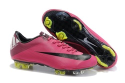 2011 new chameleon football shoes,soccer boots,TPU cleats rose color(China (Mainland))