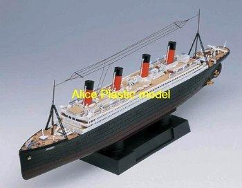 [Alice plasticmodel]Electric engine Titanic passenger liner battleship missle destroyer cruiser Frigate aircraft carrier models