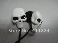 Free shipping skull earplug 3.5mm in ear earphone for MP3, PC and PDA ect 2pcs/lot  with retail package