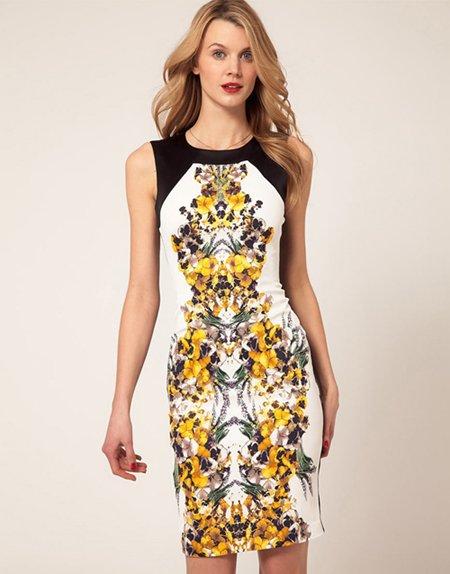 Необычное платье с принтом