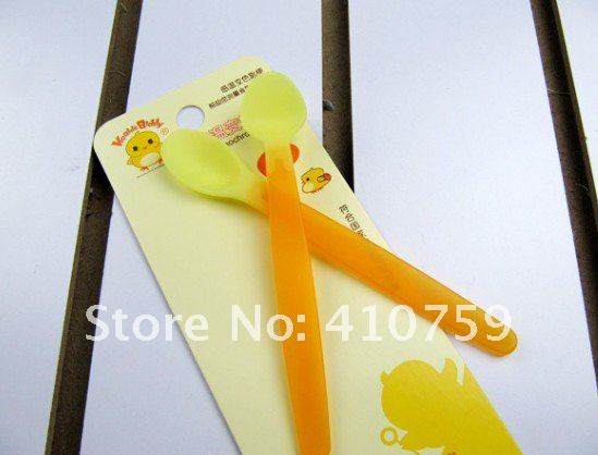 Wholesale - Baby Spoon Infant Thermochromic Spoon Feeding To Baby Spoon Feeding Utensils, Baby Necessitie 24pcs/lot(China (Mainland))