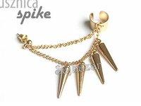 Gold spike ear cuff