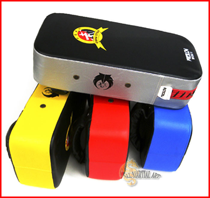 Free shipping 10 pcs / lot MMA Muay Thai Sanda Punching & Kicking Target Pads Shield PU Leather 3 colours available (KPPA024) !!(China (Mainland))