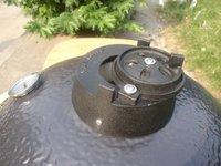 BBQ Kamado Accessories/Cast Iron Adjustable Top Vent/Accept OEM Service