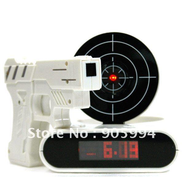 Anniversaire cadeaux pour mari et son copain numérique Laser Gun Target alarme horloge nouveauté jouet pour cadeaux gros livraison gratuite(China (Mainland))