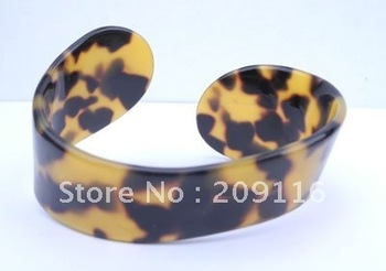 Promotion Unique France Cellulose Acetate Leopard Tortoise Bangles for Women Green Jewelry