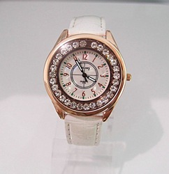 Gogoey 10 colors Wholesale Brand Watch White Leather Women dress watch ladies shinning Crystal wrist analog watch # go004-4(China (Mainland))