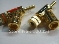 Gun type locking banana plug