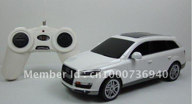 1:24 AUDI Q7 orginal remote contral car super fast speed cool design CRAZY Remote car free shipping(China (Mainland))