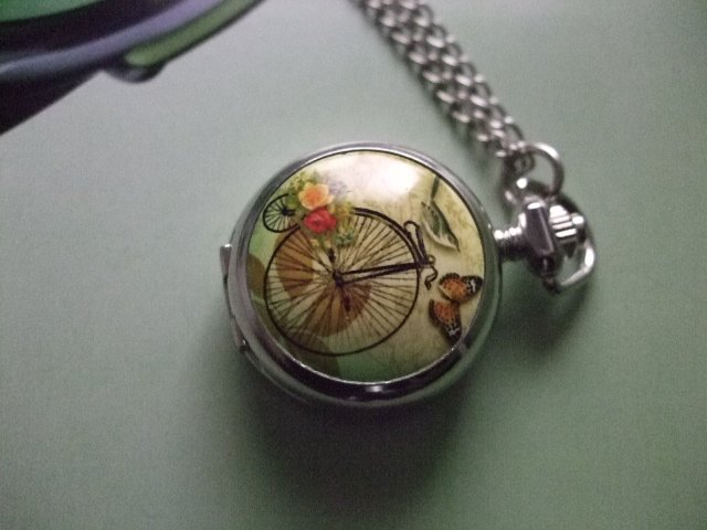 2012 Free shipping hot sale wholesale ladies mens New Antique Mini Pocket Watch Necklace butterfly reminiscence wp387(China (Mainland))