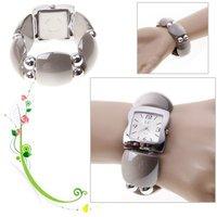 Fashion LC Numerals & Strips Hour Marks Quartz Wrist Watch for Female 1658 (Grey)