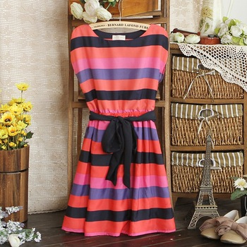 2012 fashion multicolour striped short-sleeve chiffon dress 100% new retail/Buy rainbow pleated knee-length dress FREE SHIPPING