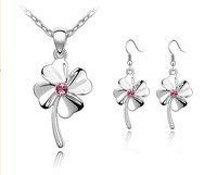 Super Price, Jewelry Set / Crystal Happiness Clover/1Pair Earring+1Piece Necklace,Free Shipping