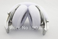 1pcs/lot Pro Headphones retail Sealed Box Black/White new arrival hot selling  high quality^_^Free Shipping