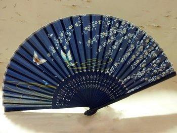 New Beautiful Oriental Silk Hand BAMBOO FAN, Hand Held Silk Folding Fan, Elegant& Wedding Chinese fan, free shipping