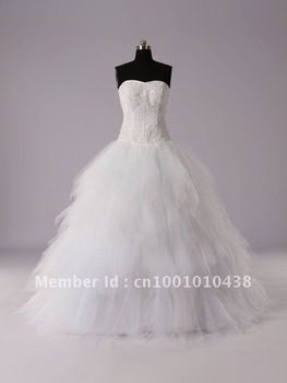 Beautiful Free Shipping 100% Polyester Ball Gown Wedding Dress