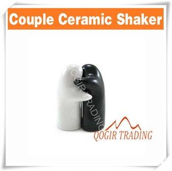 Salt & Pepper Love Hug Couple Ceramic Shaker - Gift Set D8129