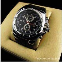 Wholesale sport waterproof watch Fashionable stainless steel quartz watch Men`s watch Free shipping