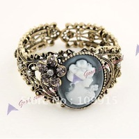 Vintage Bronze Relief Carved Cameo Statue Queen Bangle Bracelet w/Rhinestones(LKS023C)