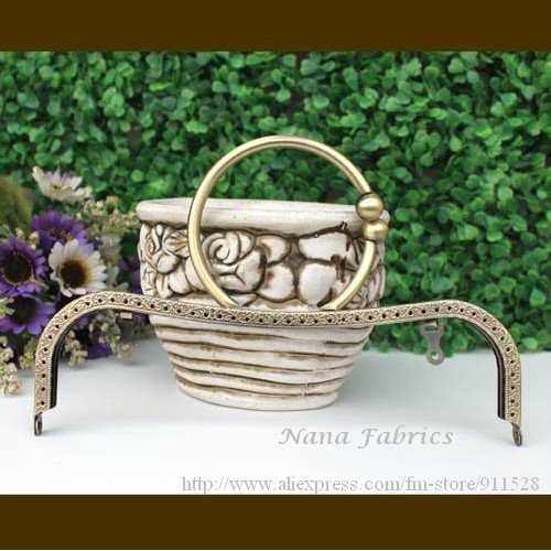 "Free Shipping! 22cm/8.7"" Engraved Bag Frame with Handle Metal Handbag Frame in Good Quality N1089(China (Mainland))"