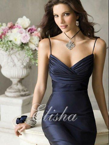 Фото женщин в красивых нарядных платьях