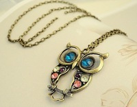 [Hot] 20pcs/Lot Free Shipping Fashion Colorful Cute Owl Necklace Vintage Carved Hollow Necklaces Sweater Chain