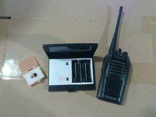 walkie talkie with wirless earpiece