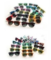hot sale classic style sunglasses women and men modern beach sunglasses Multi-color sunglasses