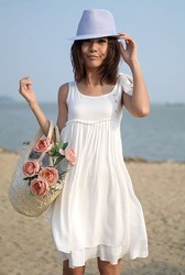 Free shipping New dress women&#39;s summer beach spring skirt sweet loose vest dresses(China (Mainland))