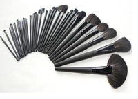 Free shipping!32 pcs Professional Makeup Brushes Cosmetic Set + Black Leather Bag