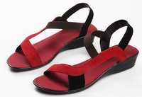 The 2012 explosion of a female shoe leather shoes with flat summer Roman sandals a comfortable sandals