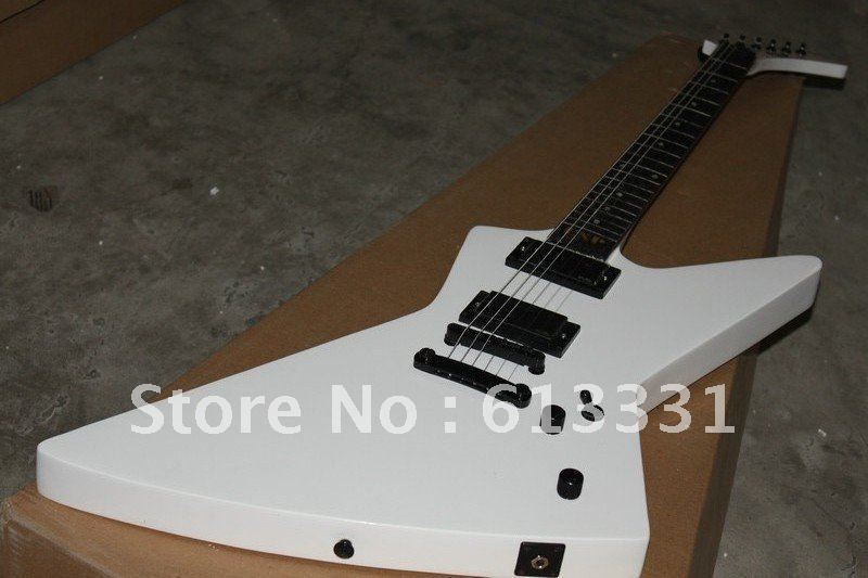 Solid body high quality free shipping electric guitar music instrument guitars(China (Mainland))