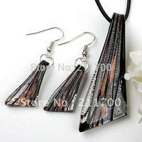 Free shipping Black Murano Lampwork Glass Bead Pendant Dangle Earring 1 set