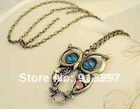 50PCS Vintage Colorful Nice Big Eyes Owl Colored Rhinestone Carved Hollow-out Sweater Chain Pendant Necklace