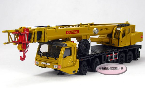 Free shipping--Kedive Heavy Duty 8 wheel crane / telescopic crane rotary/alloy model car / puzzle toy Christmas gift(China (Mainland))