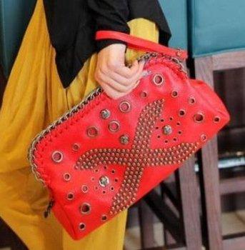 Free Shipping Korean hot models x rivets holding handbags new fashion hollow shoulder diagonal bag manufacturers recommended
