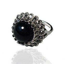 Min.order is $15 (mix order) Free Shipping&Restore Ancient Ways Texture Black Stone Medusa Modelling Ring Rings For Women R547(China (Mainland))