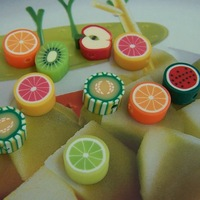 400pcs Mixed Wholesale Polymer Clay Fruits Charms Spacer Beads Fit Bracelets