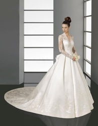 excellent collection satin lace Kate royal luxury long train bridal weddingdress(China (Mainland))