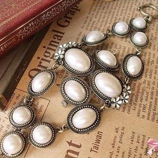Min.order is $15 (mix order)2013 European style wide bead bracelet,decorated with flower,vintage bracelets bangles,Free shipping